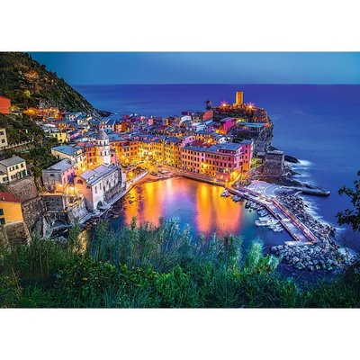 Trefl Puzzle 2000 Vernazza At Dusk 27086