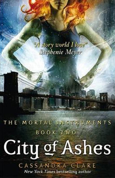 City of Ashes Book 2 (Mortal Instruments).pdf