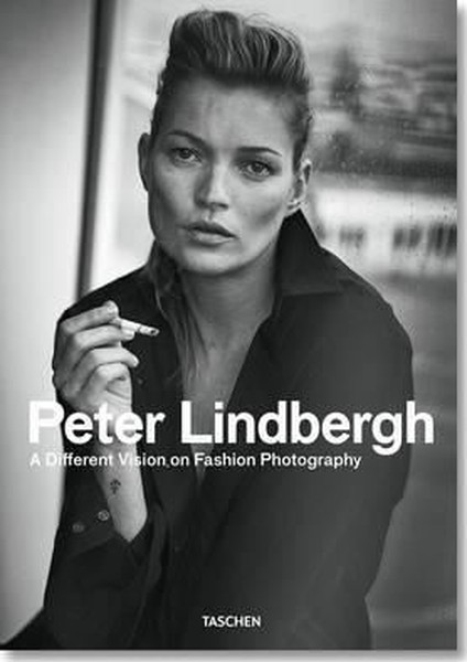 Peter Lindbergh: A Different Vision on Fashion Photography.pdf